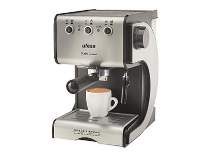 Ufesa CE7141 - Cafetera Expres 15bar 1050w